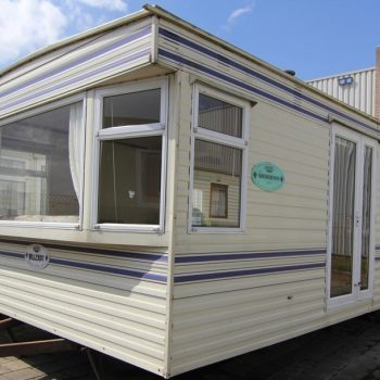 221. Willerby Gainsborough 3.7 x 11.5 m. 2 bedrooms