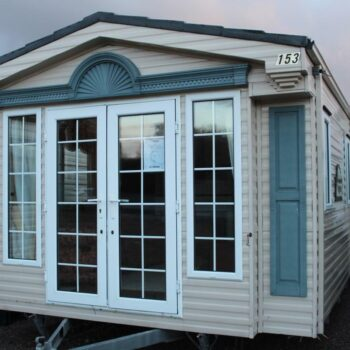 216. Willerby Vogue 3.7 x 12.0 m. 2 miegamieji