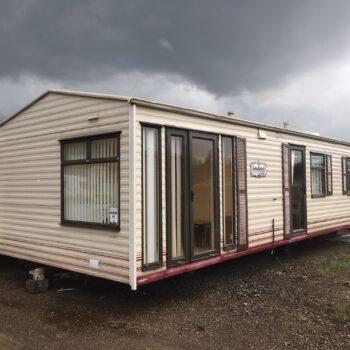 230. Cosalt Sandhurst 3.7 x 11.5 m. 2 guļamistabas