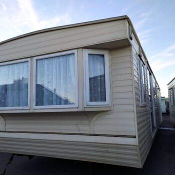 103. Willerby Lyndhurst 3.7 x 11.5 m. 2 guļamistabas